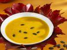 Kürbissuppe mit Kürbiskernen Rezept