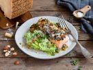 Lachs mit Kräuter-Grana-Padano-Kruste auf Erbsen-Kartoffelpüree Rezept