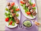 Lammfiletspieße auf Tomaten-Bohnensalat Rezept