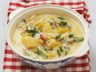 Lauch-Kartoffel-Suppe mit saurer Sahne und Speck Rezept