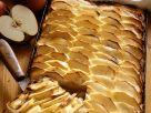 Leichter Apfelkuchen vom Blech Rezept