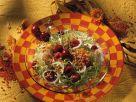 Linsen-Friséesalat mit Kirschen Rezept
