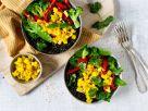 Linsen-Gemüse-Bowl mit Ananas-Sellerie-Salsa Rezept