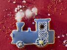 Lokomotive aus Lebkuchen mit Zuckerguss Rezept