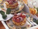 Macarponetörtchen mit frischen Erdbeeren Rezept