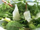 Mangoldsalat mit grünen Bohnen und Schafskäse (Pecorino) Rezept