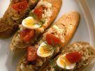 Matjes-Bruschette mit Ei und Tomaten Rezept