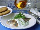 Matjes mit Kräuter-Joghurt-Schmand Rezept