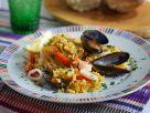 Meeresfrüchte-Paella mit Hähnchen Rezept