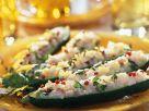 Mit Fisch gefüllte Gurke Rezept