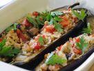 Mit Schweinefleisch und Reis gefüllte Auberginen Rezept