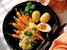 Möhren mit Sauce Hollandaise und Eihälften Rezept