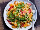 Möhren-Tagliatelle mit Tomaten und Rucola Rezept