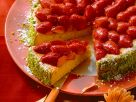 Möhrenkuchen mit Erdbeeren Rezept