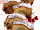 Mohnkuchen mit Kirschen Rezept