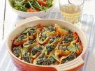 Muschelnudeln mit Spinatfüllung und Tomatensugo Rezept