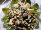 Nudel-Bananensalat mit Fleischklößchen Rezept