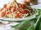 Nudel-Paprikasalat mit Kichererbsen Rezept