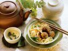 Nudeln mit Gempüse und Fleischbällchen Rezept