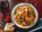 Nudeln mit Puten-Tomatensauce Rezept