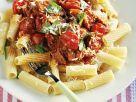 Nudeln mit Speck-Tomaten-Sugo Rezept