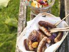 Nürnberger Rostbratwürstchen mit sommerlichem Gemüsesalat Rezept