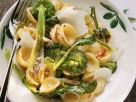 Öhrchennudeln mit Brokkoli, Chiliflocken und Parmesan Rezept
