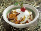 Österlicher Eiersalat mit Möhren und Radieschen Rezept