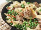 Pasta mit Erbsen und Hackklößchen Rezept