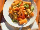 Pasta mit Zucchini-Tomaten-Soße Rezept