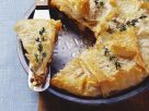 Pastete aus Filoteig mit Lammhack, Feta und Sultaninen Rezept