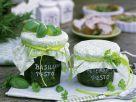 Pesto aus Basilikum und Petersilie Rezept