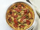 Pikante Kartoffelpizza mit Kapern und Peperoni Rezept