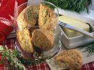 Pikante Scones mit Käse und Kräutern Rezept