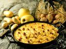 Pikanter Apfelauflauf mit Kartoffeln Rezept