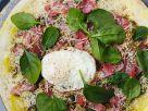 Pizza mit Schinken und Ei Rezept