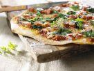 Pizza mit Spinat und Schinken Rezept