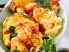 Puten-Nudelpfanne mit Shrimps und Ananas Rezept