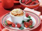 Quarksoufflé mit Erdbeer-Himbeer-Grütze Rezept