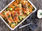 Reis-Brokkoli-Mix mit Lachs vom Blech Rezept