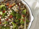 Rinderstreifen mit Erdnüssen und Brokkoli Rezept