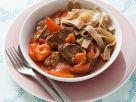 Rindfleisch-Tomaten-Sauce mit Paprika und Vollkornnudeln Rezept