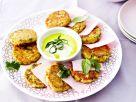 Rösti aus Kartoffel und Gemüse mit Joghurt Rezept