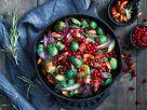 Rosenkohlpfanne mit Preiselbeeren Rezept