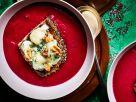 Rote-Bete-Suppe mit Blauschimmel-Toast Rezept