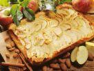 Saftiger Apfelkuchen vom Blech Rezept