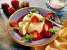 Sahne-Parfait mit Erdbeersauce Rezept