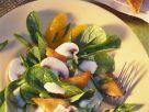 Salat mit Hähnchen und Oragendressing Rezept