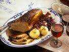 Sauerbraten mit Kartoffelnknödeln und Blaukraut Rezept