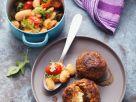 Schafskäse-Buletten und dicke weiße Bohnen Rezept